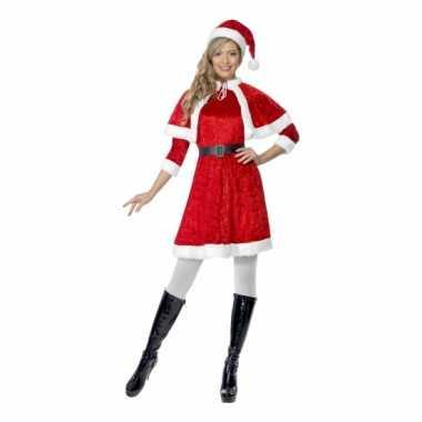 Kerstkleding voor dames met cape